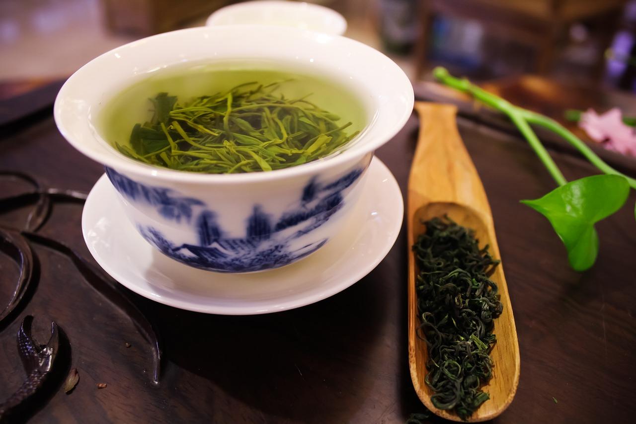 Zelený čaj – tradiční zdraví prospěšný nápoj