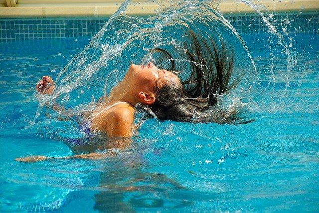 Jeden přípravek zajistí dokonalou péči celému bazénu