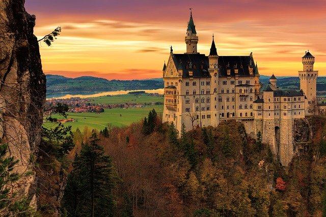 Což tak pobýt na zámku?